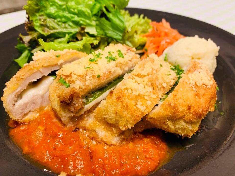 ご家族様大歓迎!沖縄市・うるま市でランチ&ディナーなら『レストランリトルシード』 | 今週の週替わりディナー💛ドリンクバー&デザート付き💛