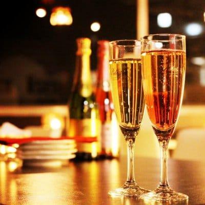 バースデー当日のお客様にスパークリングワイン1本プレゼント