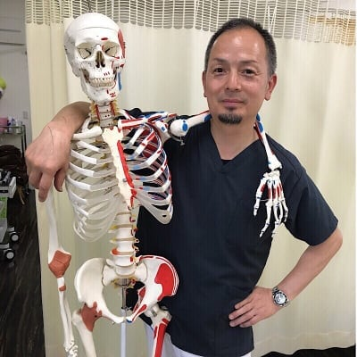 【猫背矯正専門】藤原整骨院|五十肩|整体