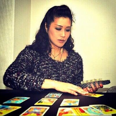 タロット・西洋占星術・ヒプノセラピーANEMOS (アネモス) Keiko Shimazaki