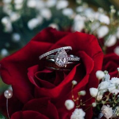 世界にひとつだけの指輪❘ネックレス❘完全オリジナル作成❘幸運を呼ぶ❘永遠の輝き❘宝飾❘GIA G.G❘米国宝石学会❘ダイヤモンド鑑定士❘芦屋GRLOWブランド❘木村佐知子