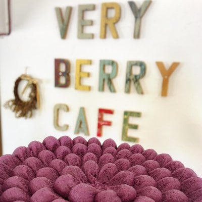 VERY BERRY CAFE