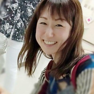 ご縁で繋がる まるしぇマル/ カフェ会 東京/お茶会/イベント/ハンドマッサージ