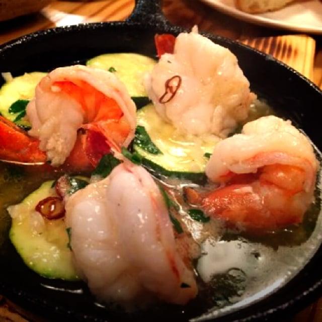 沖縄市居酒屋/ミート食堂タケイシ[武石takeishi]/和牛A5ランク炙り寿司と溶岩焼ステーキ