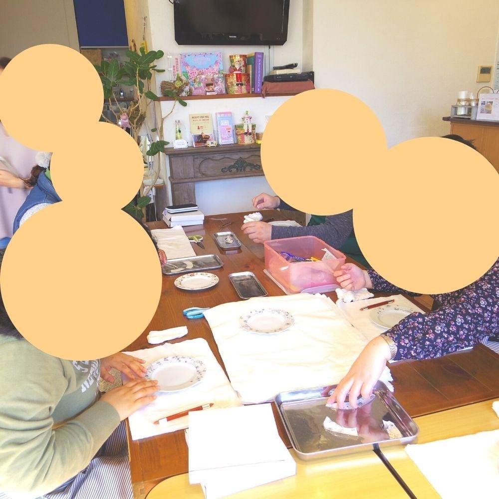 東大宮のカフェ&福祉施設/自家焙煎珈琲【ちひろ珈琲】の作業風景