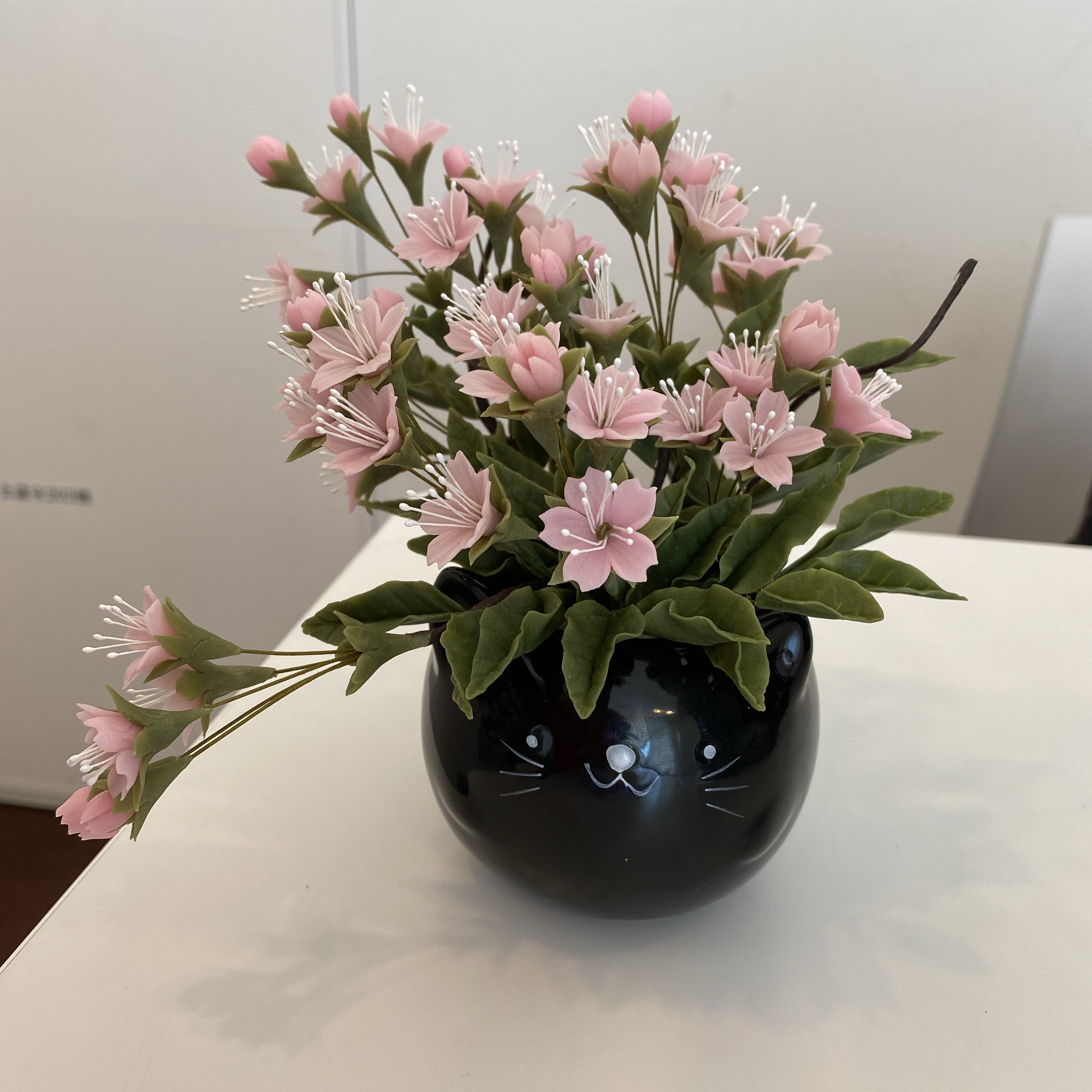 ハンドメイド/クレイフラワー(粘土で作ったお花)/サクラ
