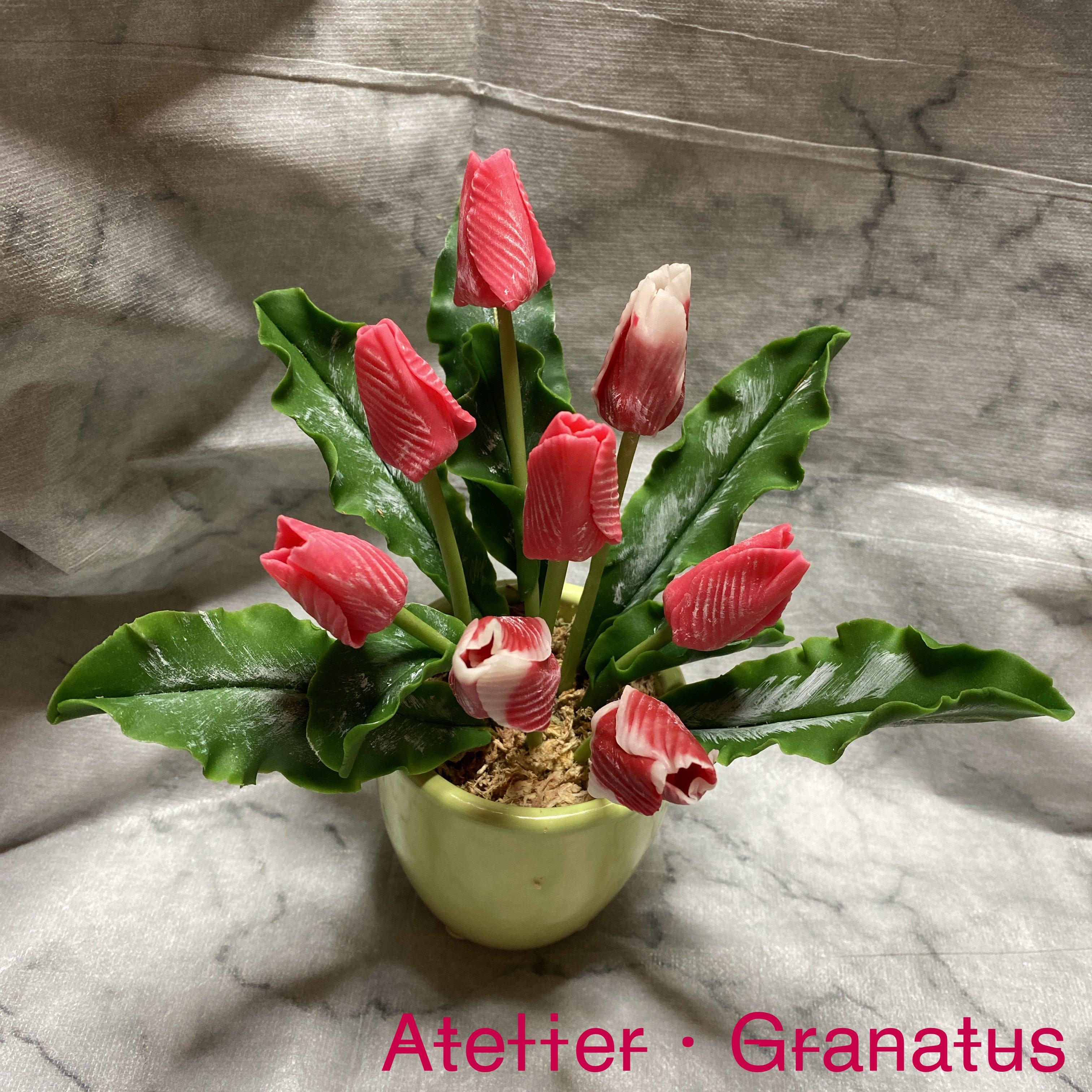 ハンドメイド/クレイフラワー(粘土で作ったお花)/チューリップ