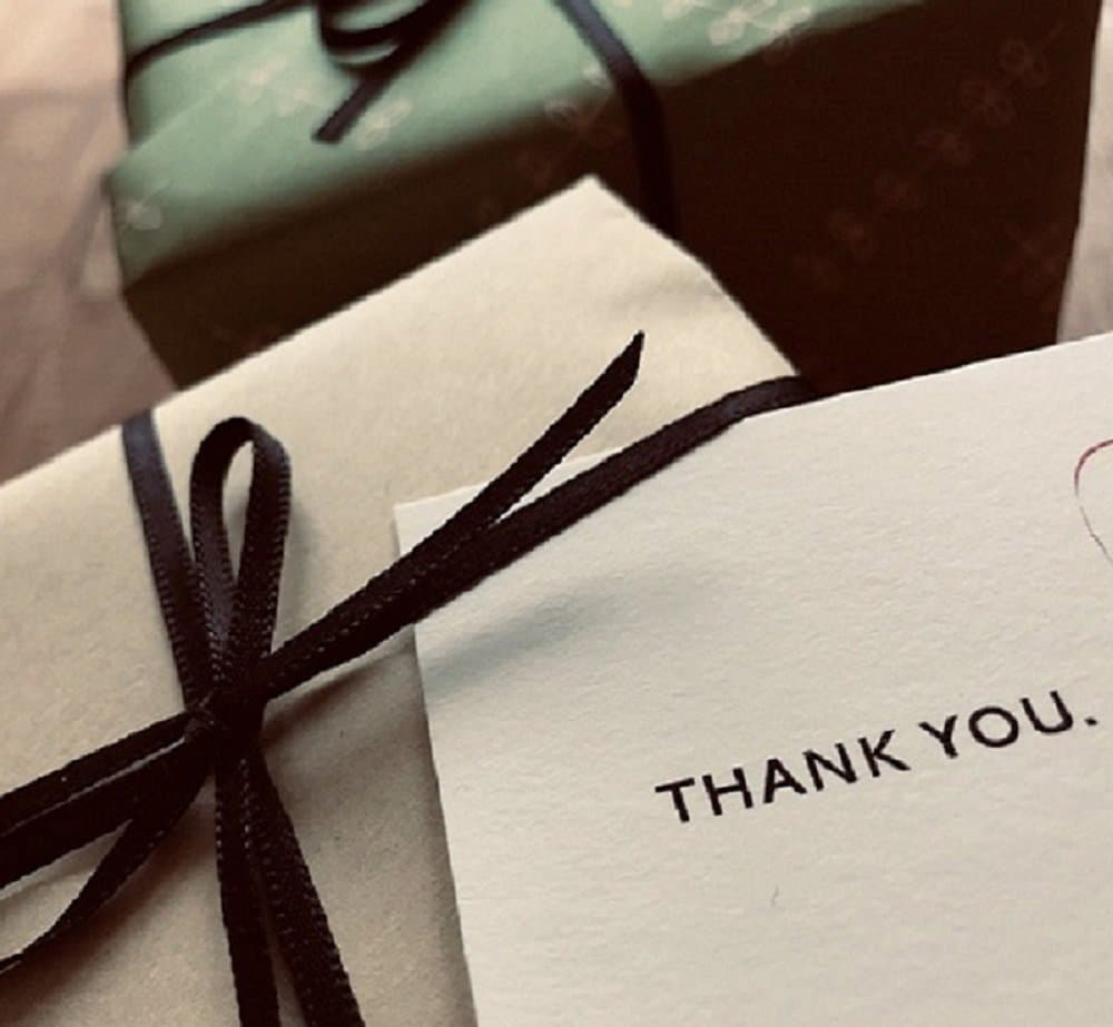 贈り物の包装