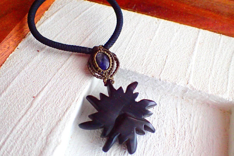 紫檀のマクラメヘアゴム