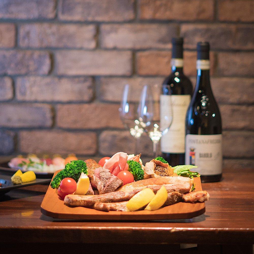 肉料理とワイン