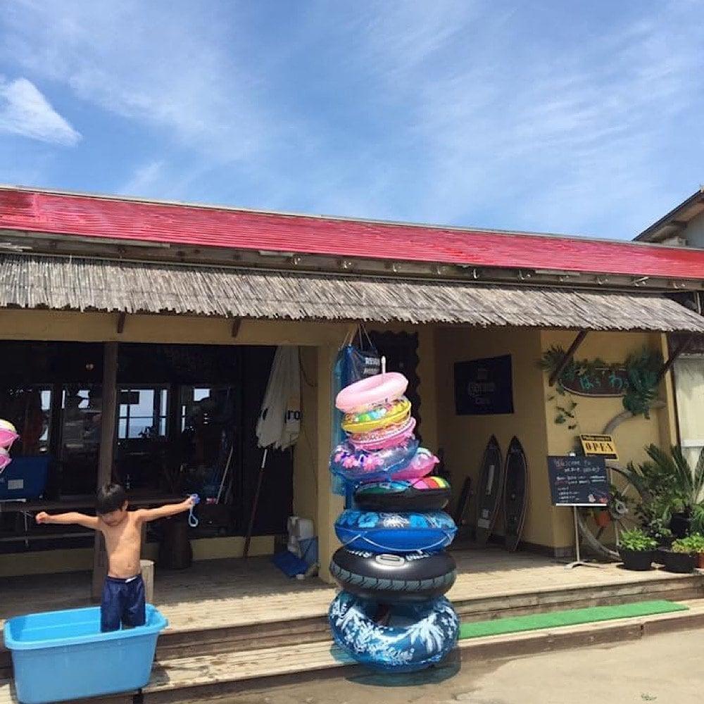 新潟市越前浜の海の家/トロピカルリゾートばうわう外観