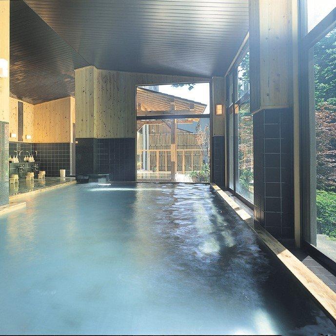 重炭酸ソーダ泉の大浴場 (写真は男性大浴場)