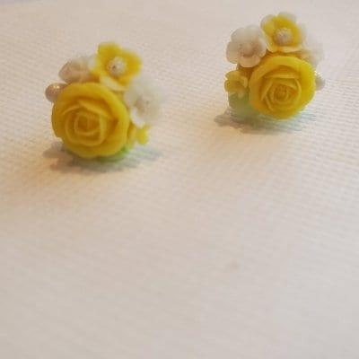 送料無料!黄色いバラが美しすぎる直結ピアス