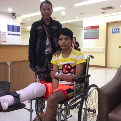 【寄付】カンボジアの少年に義足を!