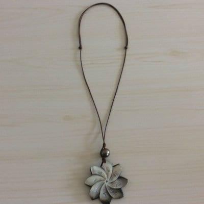 【タヒチから輸入♡】黒蝶貝のシェルと黒真珠のネックレス ¥6500
