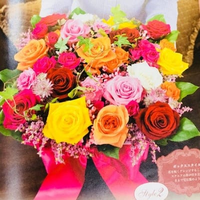 豪華に20本のバラをたっぷり使ったボックスアレンジメント講座(生花)