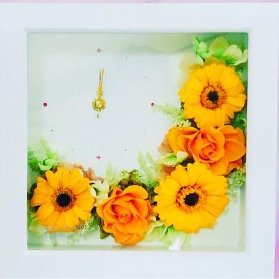 オレンジガーベラの花時計(四角)
