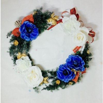ブルーローズのクリスマスリース