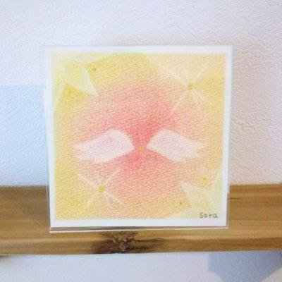 ヒーリングアート「天使ちゃん」パステル画  イエロー額付き 〜 原画1点もの・メッセージカード付き