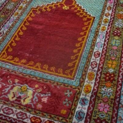 送料込 ビンテージ・お祈り用絨毯 トルコ MUJUR産 99cm×148cm