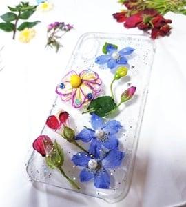 押し花で手作り、イヤリング。ピアス、ネックレスを作ろう!東京葛飾区初心者でも可愛く作れる!プレゼントにもおすすめのイメージその5