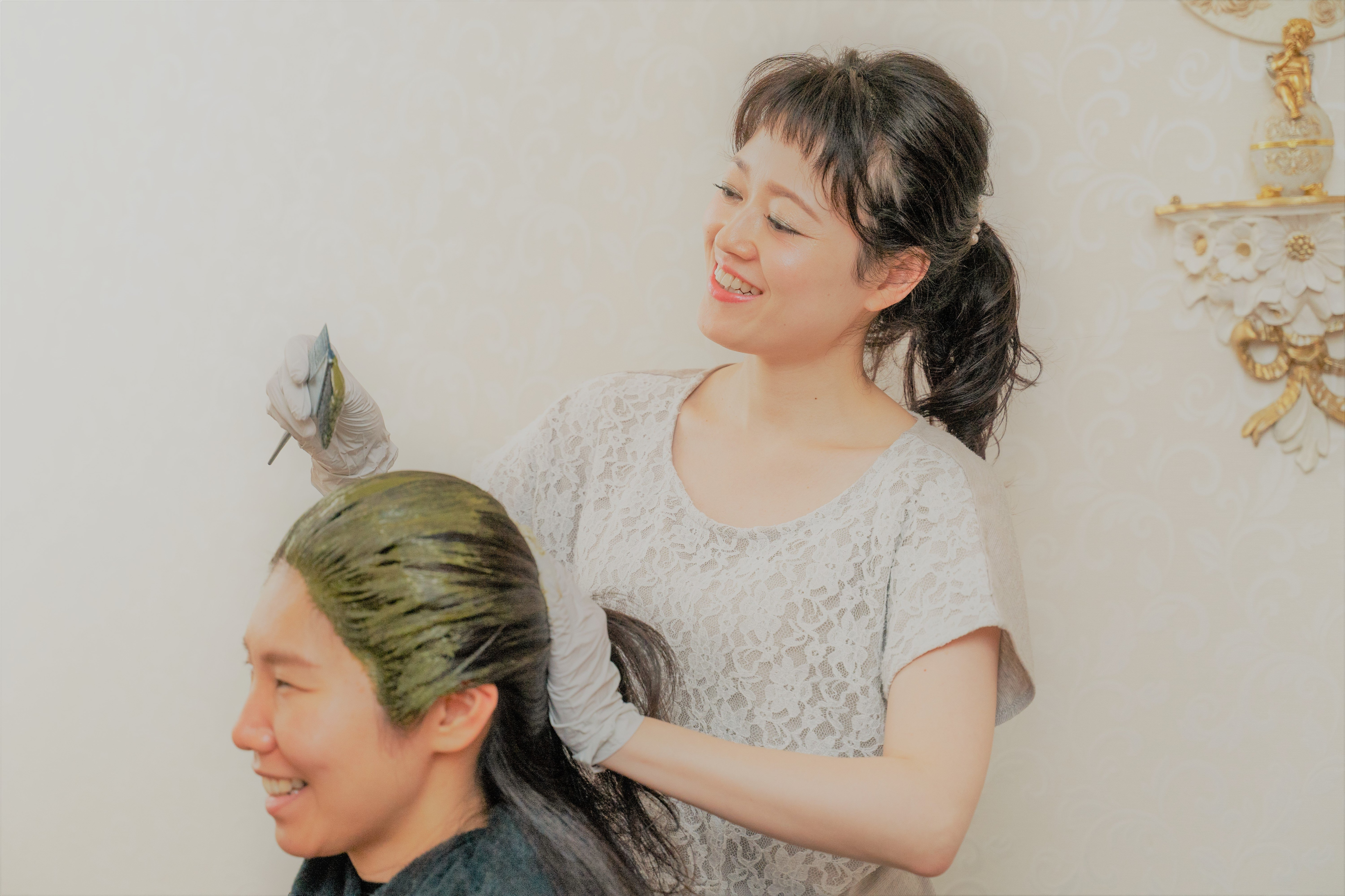 【ヘナ】ツヤ髪&ふわ髪&デトックス💜肩甲骨までのロング(Ⅰ)のイメージその1