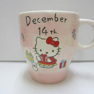 【在庫限り!!!】ハローキティ バースデーマグ 12月14日 いて座
