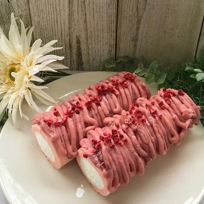 プレミアムロールケーキ【あまおう苺モンブラン】