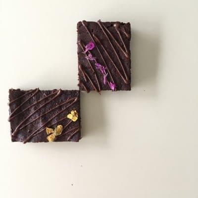【グルテンフリー・乳製品不使用】夏は冷やして!ままがし濃厚チョコレートブラウニー