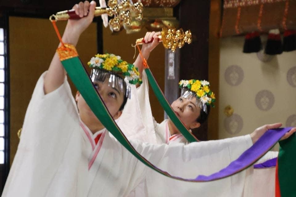 大人女子のための巫女舞体験会のイメージその1