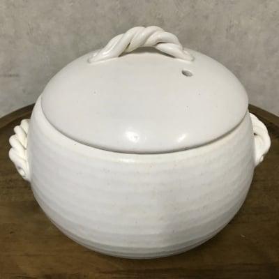 yomogina (ヨモギーナ)鉛不使用の遠赤土鍋(よもぎ蒸し用にも炊飯用にも使えます)