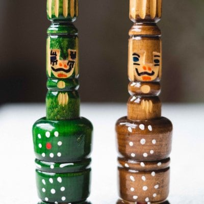 【ハンドメイド木製人形】ルーマニア 木製人形2つ