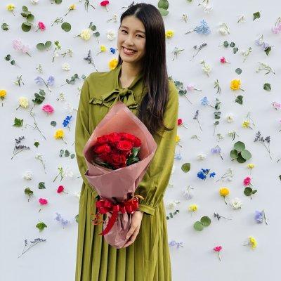 バレンタイン|12本|スタンダードに真っ赤なバラの花束を