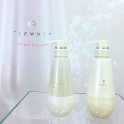【医学発想から生まれた新商品】フローディアスプリングリフトシャンプー400ml