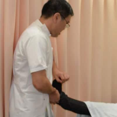 柔道整復特別施術 腰部 背部特化コース 初回3-1