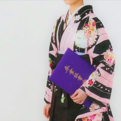 衣装レンタル付きスタジオ撮影チケット 着物・袴・振り袖etc...のイメージその3