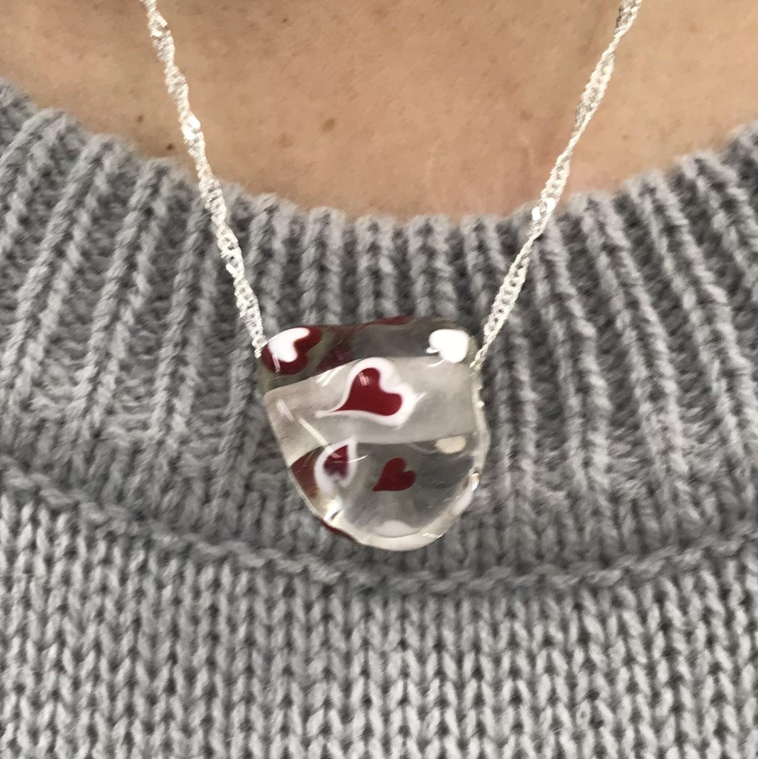 H様注文品プレゼント用とんぼ玉ネックレスのイメージその1