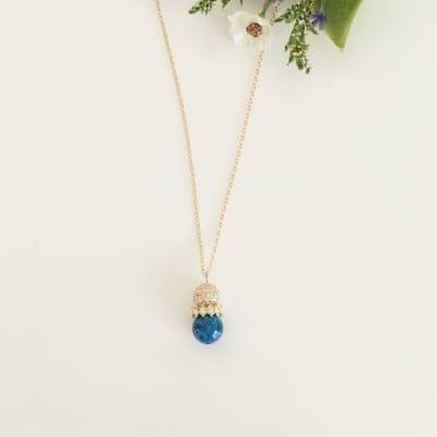 【京都オパール/瑠璃色】と【スワロフスキーパヴェボール】のネックレス