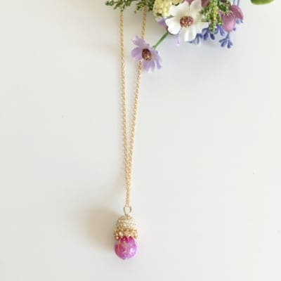 【京都オパール/杜若色】と【スワロフスキーパヴェボール】のネックレス
