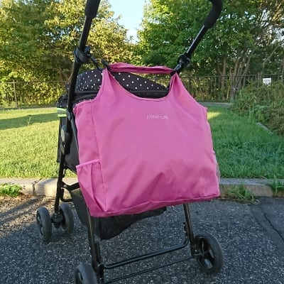 【機能的な軽量バッグ】大型犬・中型犬・小型犬のエアバギーやカートでの移動に便利でお散歩も楽しくなる