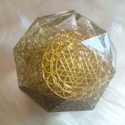 Hiro✡オリジナル オルゴナイト〜Orgonite〜60面体