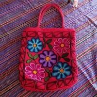 ペルーのハンドメイドトートバッグ 赤