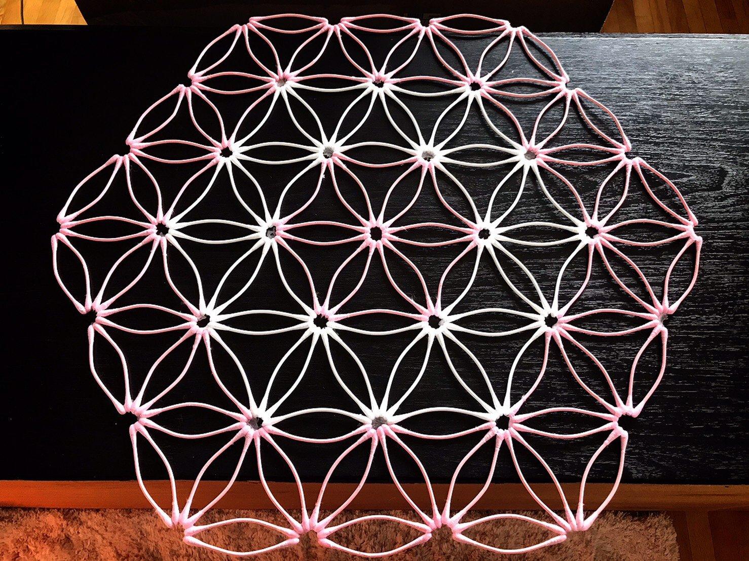 [会員様専用]《5/27 12:00〜》紙=神の棒! 綿棒でつくる 平面の神聖幾何学 (ベクトル平衡体) オンラインワークショップのイメージその1