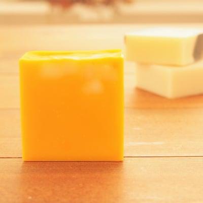 【美味しそうなオレンジの香り】ジューシーオレンジソープ(洗顔石けん)