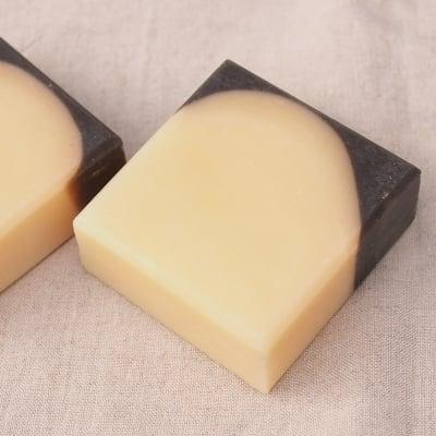 【洗いあがりさっぱりNo.1のゴマ油のスッキリ石けん】セサミ&レモンマートルソープ(洗顔石けん)