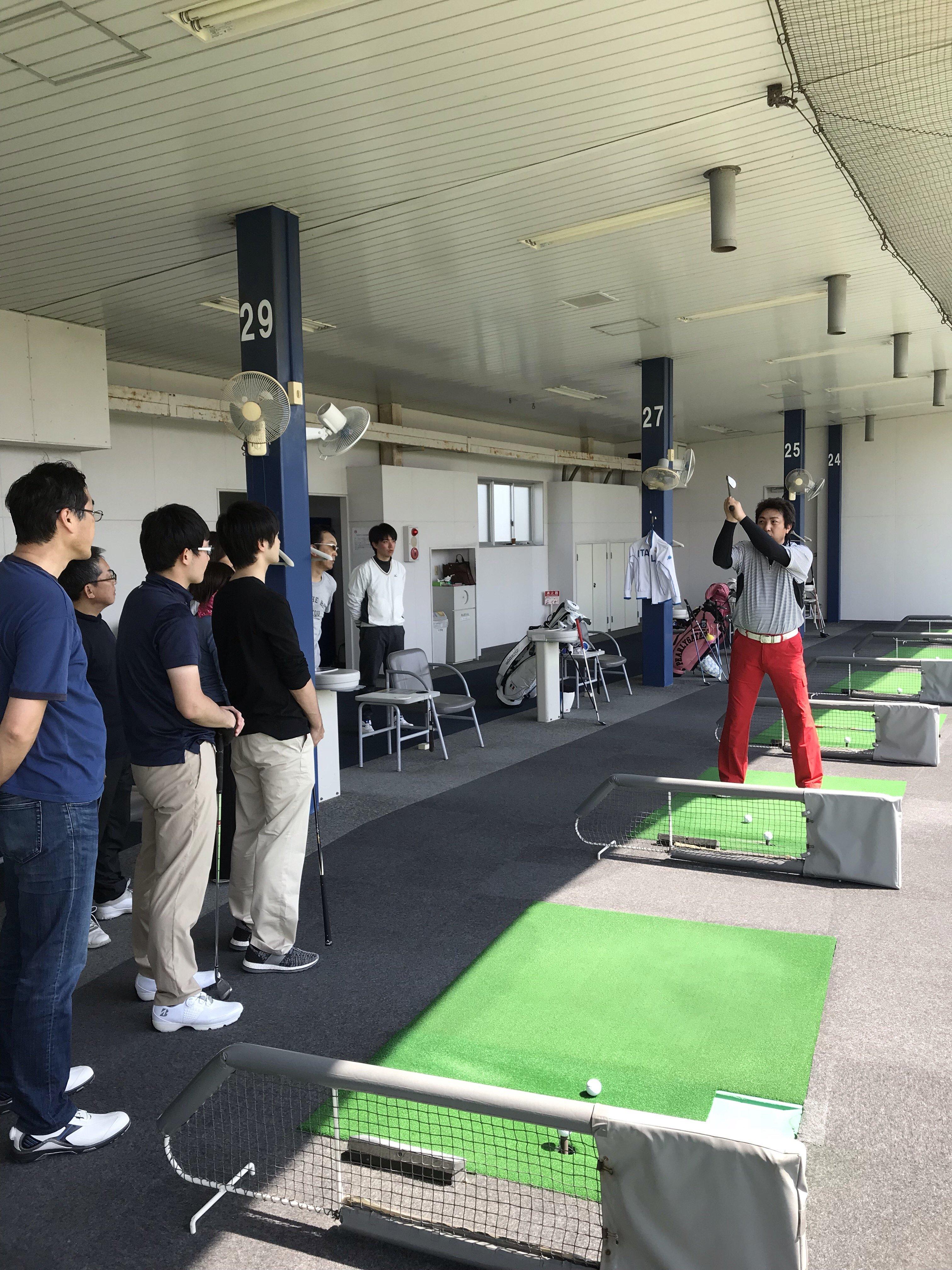 ティーチングスタッフゴルフスクールゴルフシティー校 1か月体験コース半額のイメージその1