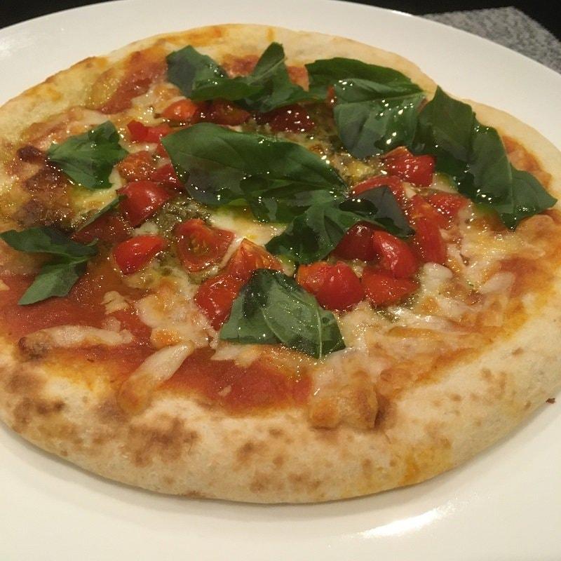 【テイクアウト限定】バジル&トマトピザ(チーズ増し)のイメージその3