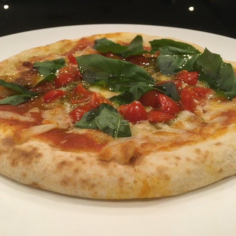 【テイクアウト限定】バジル&トマトピザのイメージその2