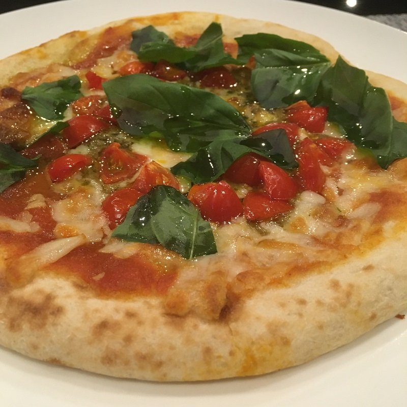 【テイクアウト限定】バジル&トマトピザのイメージその1