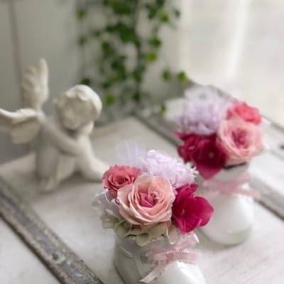 プリザーブドフラワー出産祝いに【かわいいベビーシューズ】ピンク